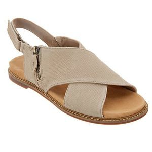 Clarks Artisan Cross Band Sandals Corsio Calm 10